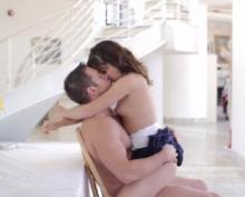 Giovane zoccolona chiavata dal suo ragazzo cazzuto