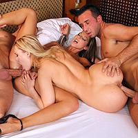 Orgia estrema con amiche lesbiche